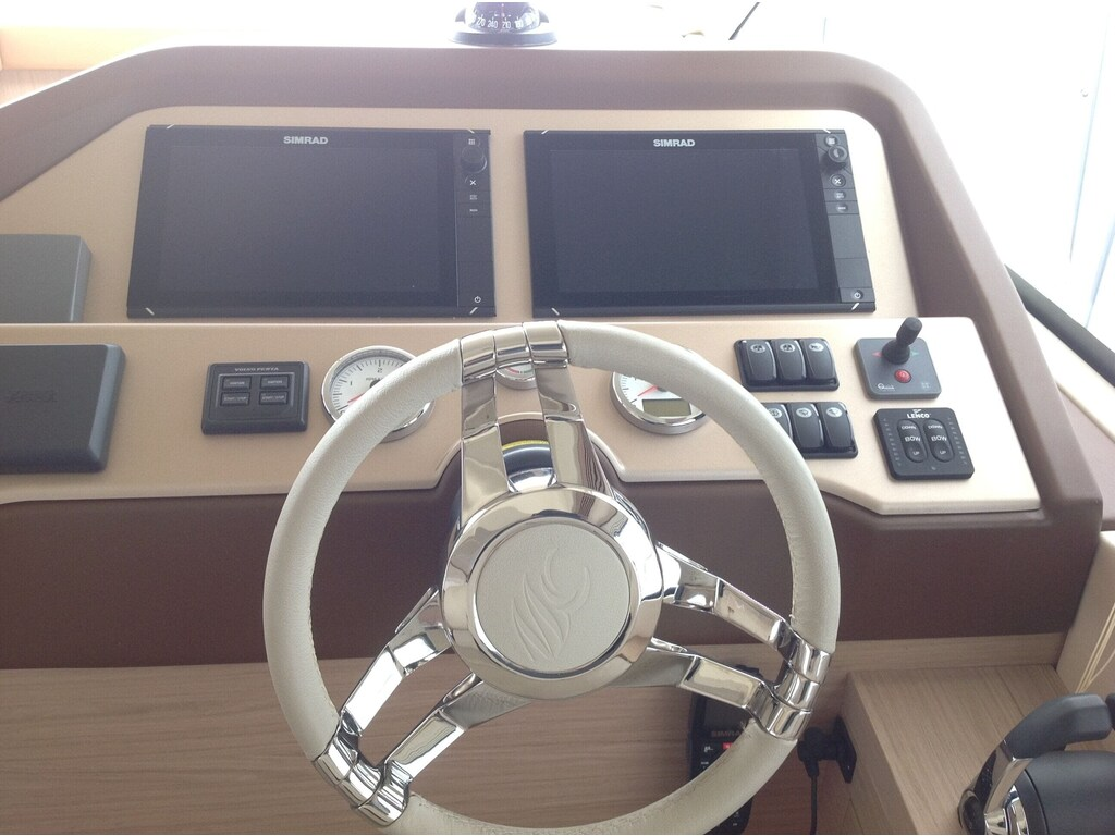 2015 Beneteau boat for sale, model of the boat is Monte Carlo 4 & Image # 16 of 27