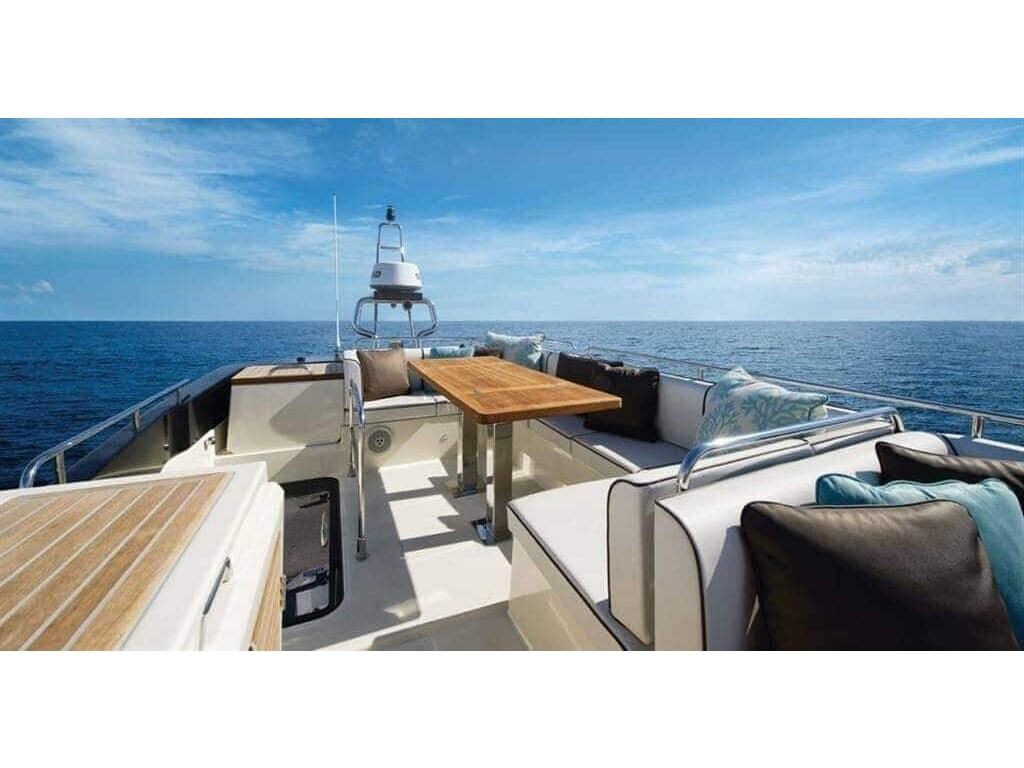 2015 Beneteau boat for sale, model of the boat is Monte Carlo 4 & Image # 17 of 27