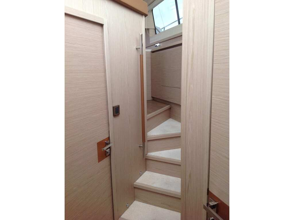2015 Beneteau boat for sale, model of the boat is Monte Carlo 4 & Image # 13 of 25