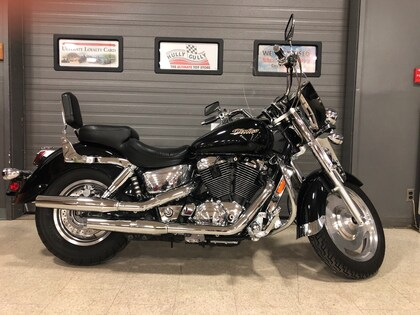 2005 Honda VT1100C1 Shadow Spirit –