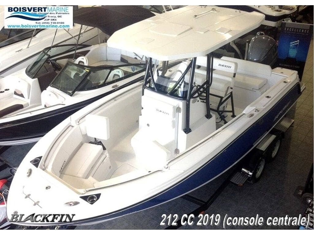 2020 Blackfin boat for sale, model of the boat is 212cc & Image # 2 of 25