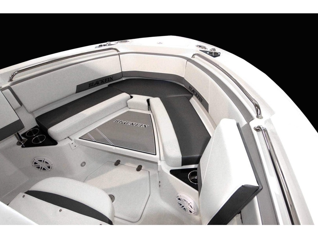 2020 Blackfin boat for sale, model of the boat is 212cc & Image # 20 of 25