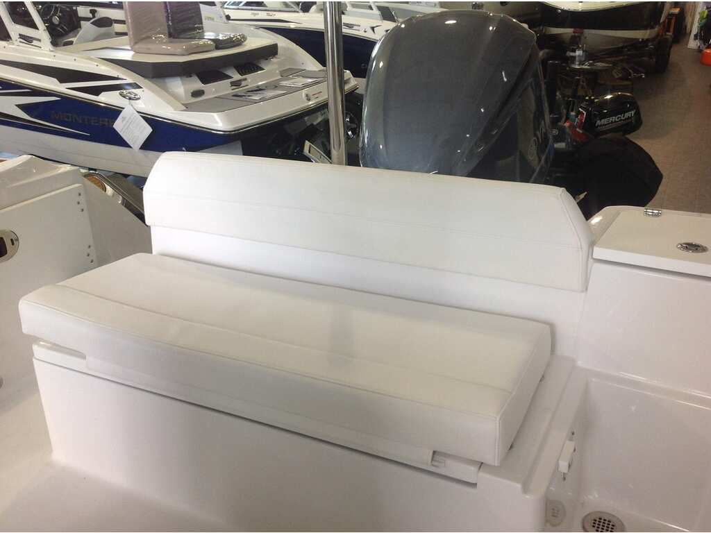 2020 Blackfin boat for sale, model of the boat is 212cc & Image # 15 of 25