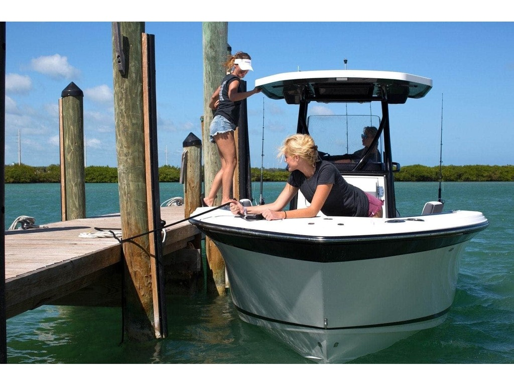 2020 Blackfin boat for sale, model of the boat is 212cc & Image # 24 of 25