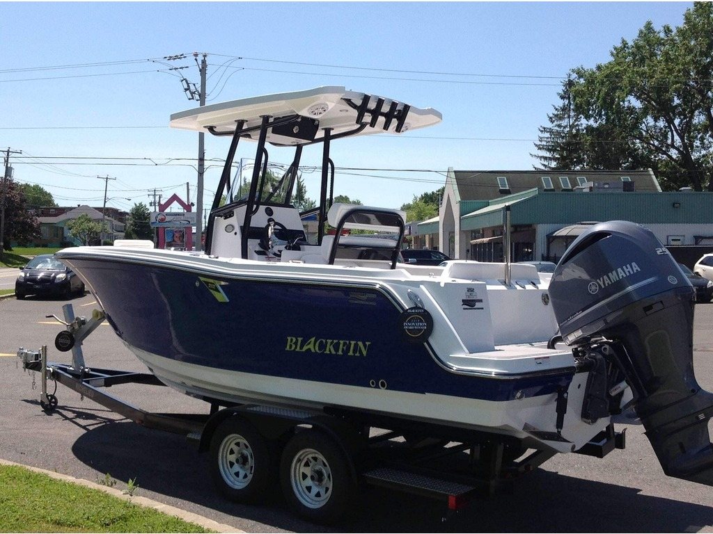 2020 Blackfin boat for sale, model of the boat is 212cc & Image # 3 of 25