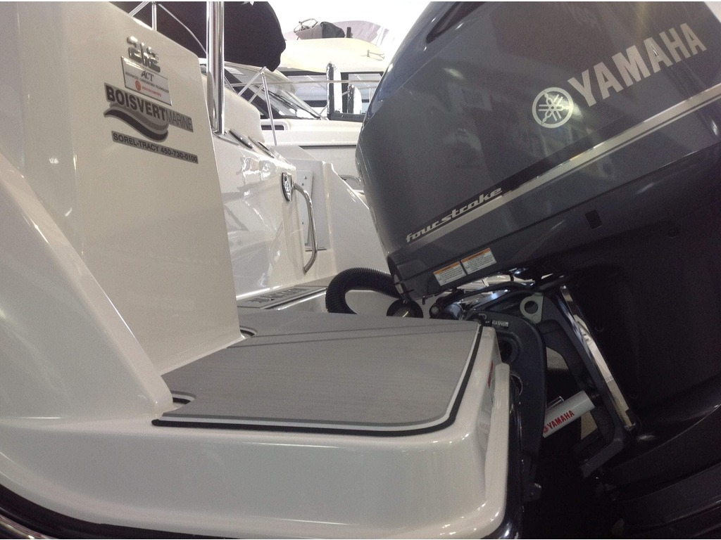 2020 Blackfin boat for sale, model of the boat is 212cc & Image # 17 of 25