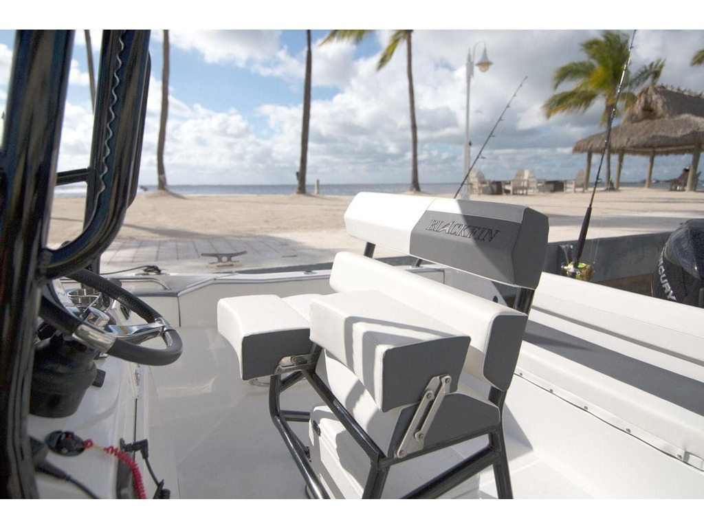 2020 Blackfin boat for sale, model of the boat is 212cc & Image # 23 of 25