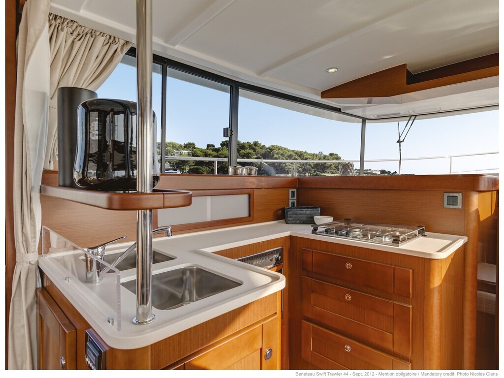 2021 Beneteau boat for sale, model of the boat is Swift Trawler 44 & Image # 6 of 14