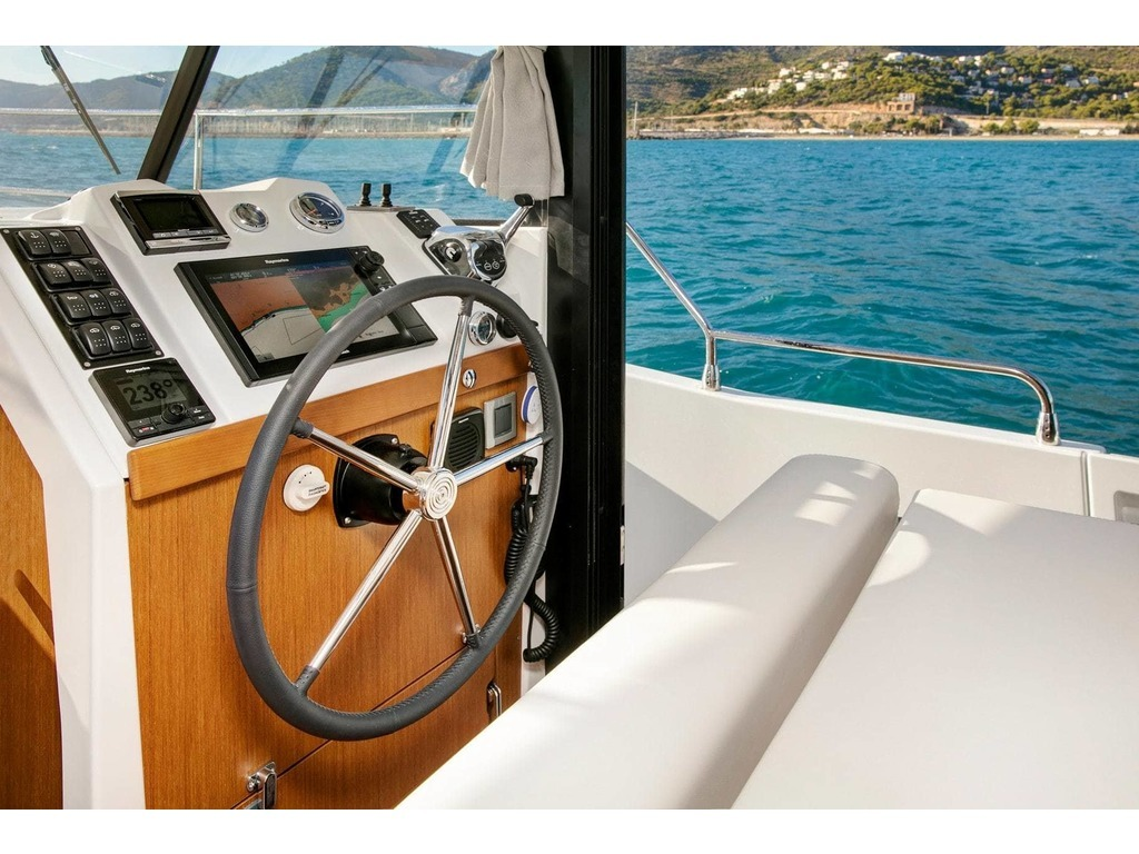 2020 Beneteau boat for sale, model of the boat is Swift Trawler 35 & Image # 10 of 18