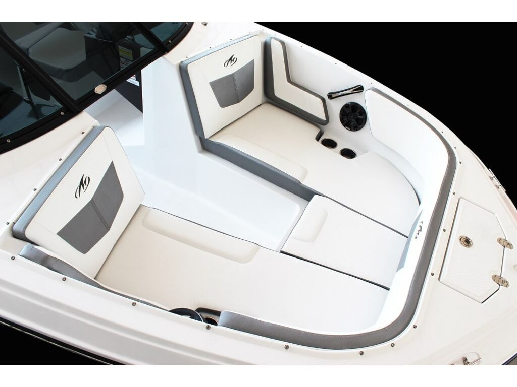 2022 Monterey boat for sale, model of the boat is M22  & Image # 2 of 4