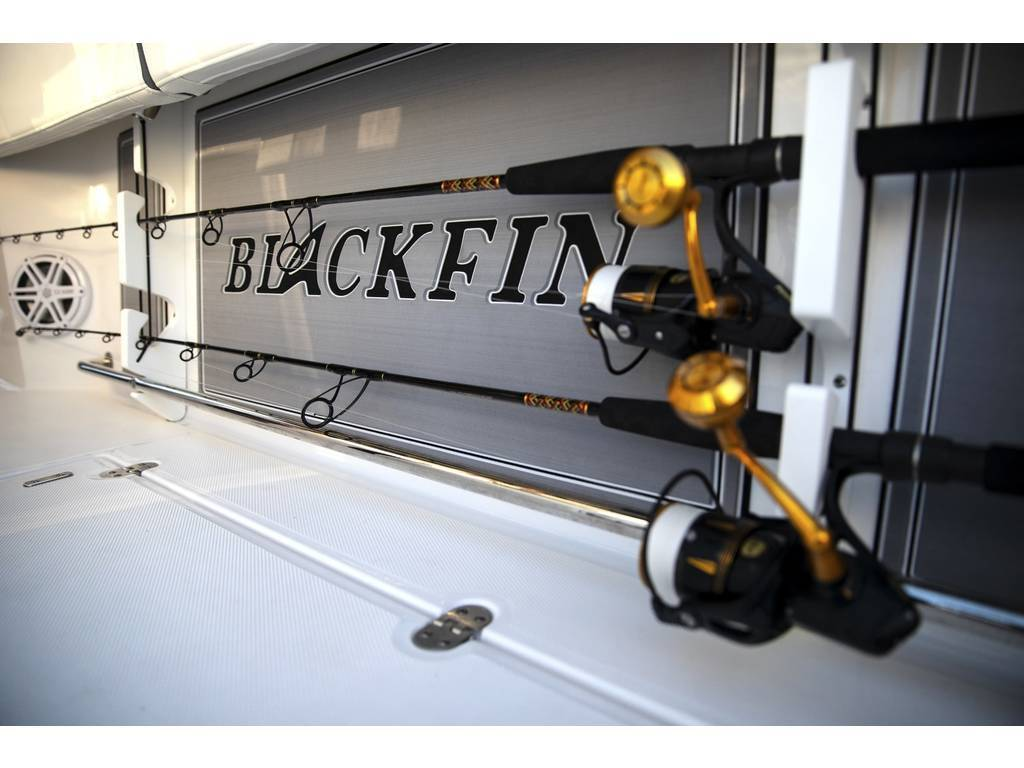 2021 Blackfin Marine International boat for sale, model of the boat is 332cc & Image # 12 of 14
