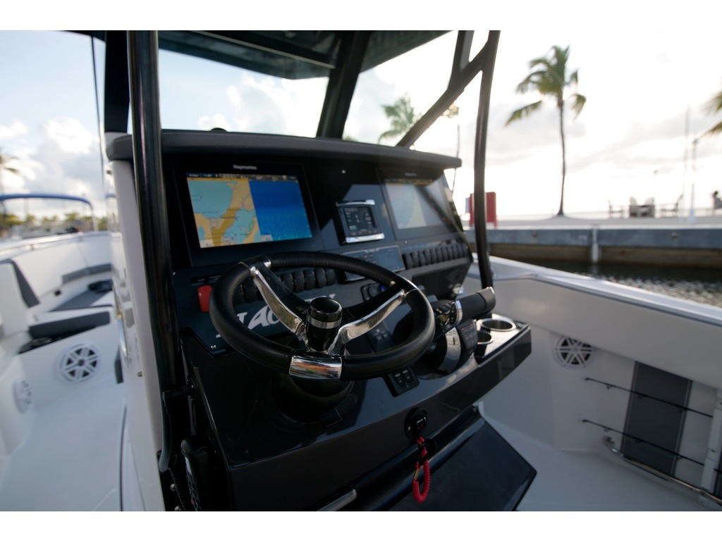2021 Blackfin Marine International boat for sale, model of the boat is 272 Cc & Image # 4 of 16