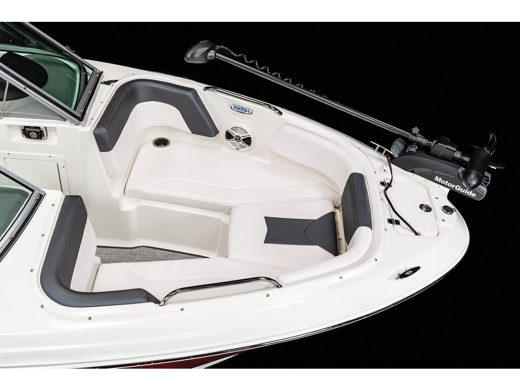 2021 Chaparral boat for sale, model of the boat is 21 Ssi Ski & Poisson & Image # 10 of 14