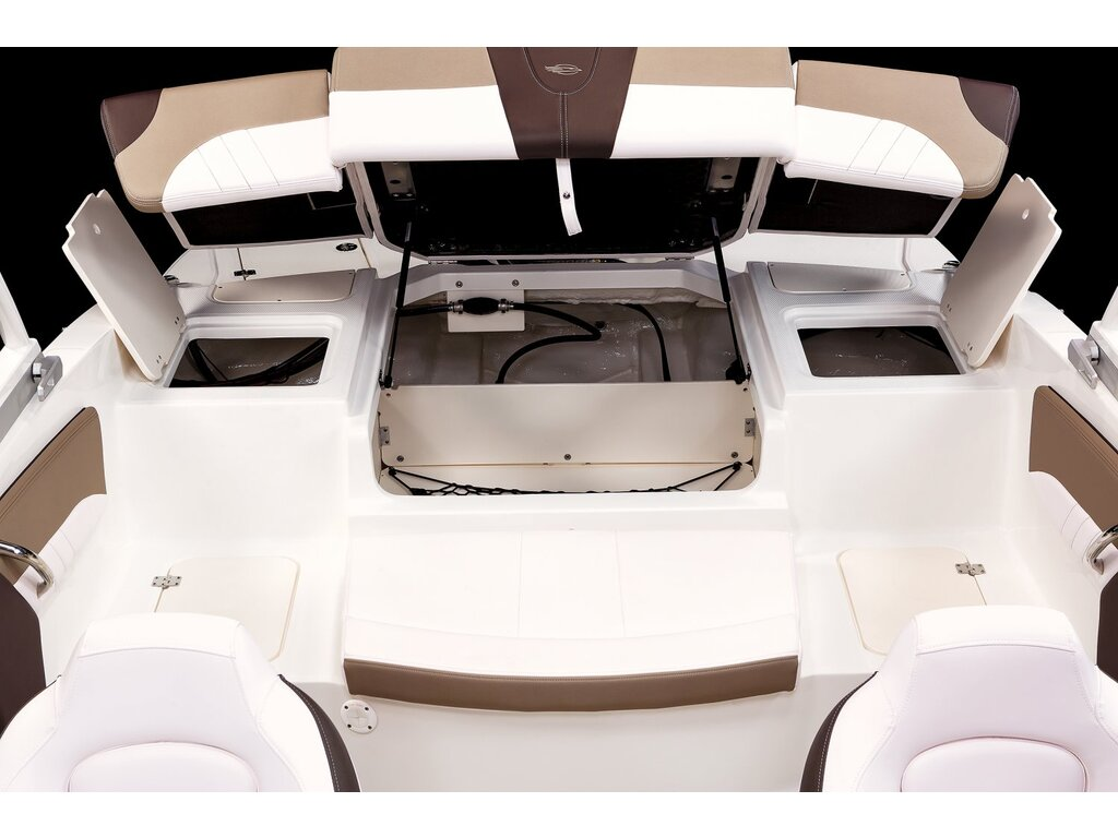 2021 Chaparral boat for sale, model of the boat is 21 Ssi O/b & Image # 11 of 15