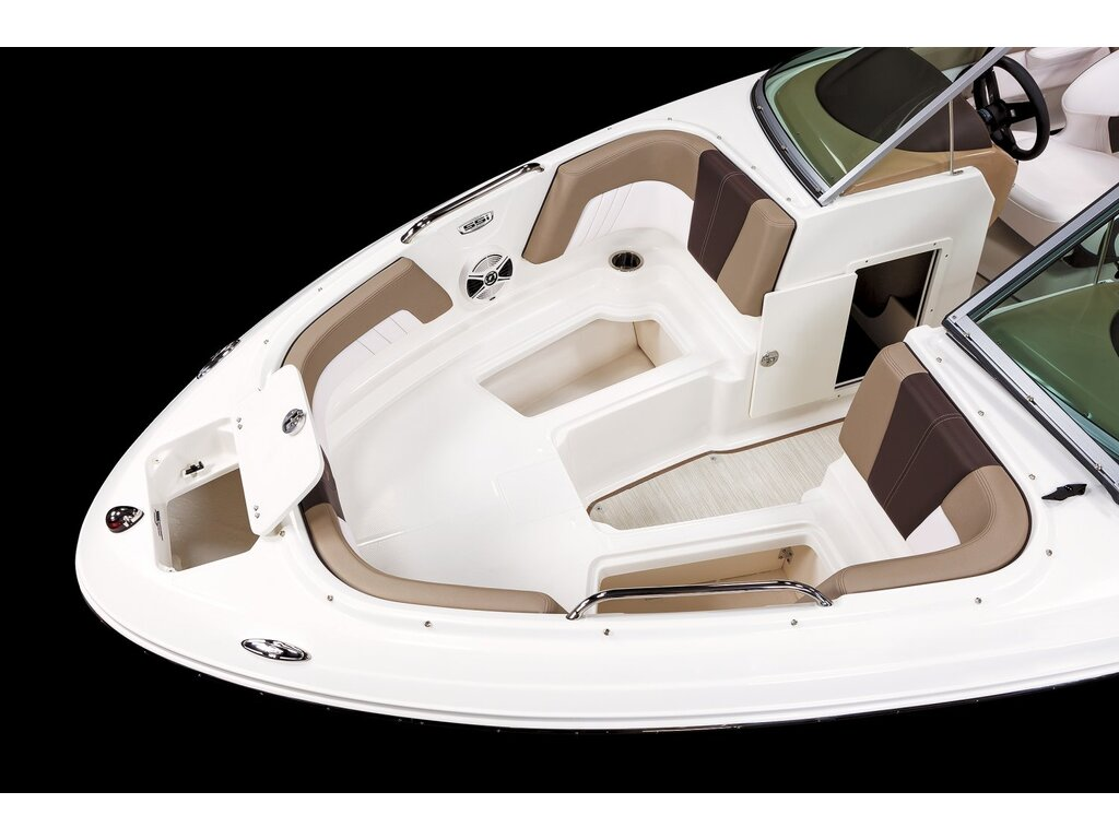 2021 Chaparral boat for sale, model of the boat is 21 Ssi O/b & Image # 10 of 15