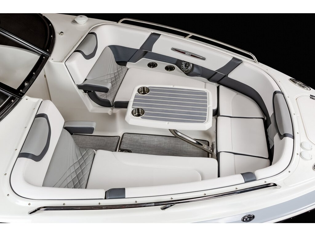 2021 Chaparral boat for sale, model of the boat is 317 Ssx & Image # 9 of 15