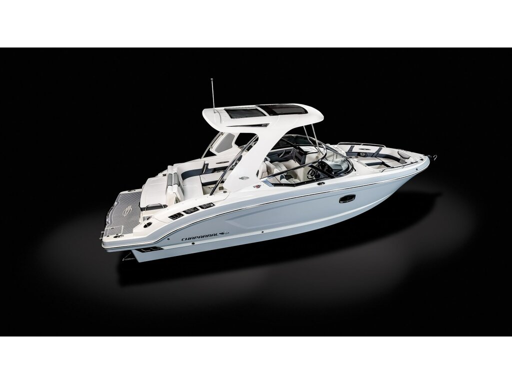 2021 Chaparral boat for sale, model of the boat is 317 Ssx & Image # 2 of 15