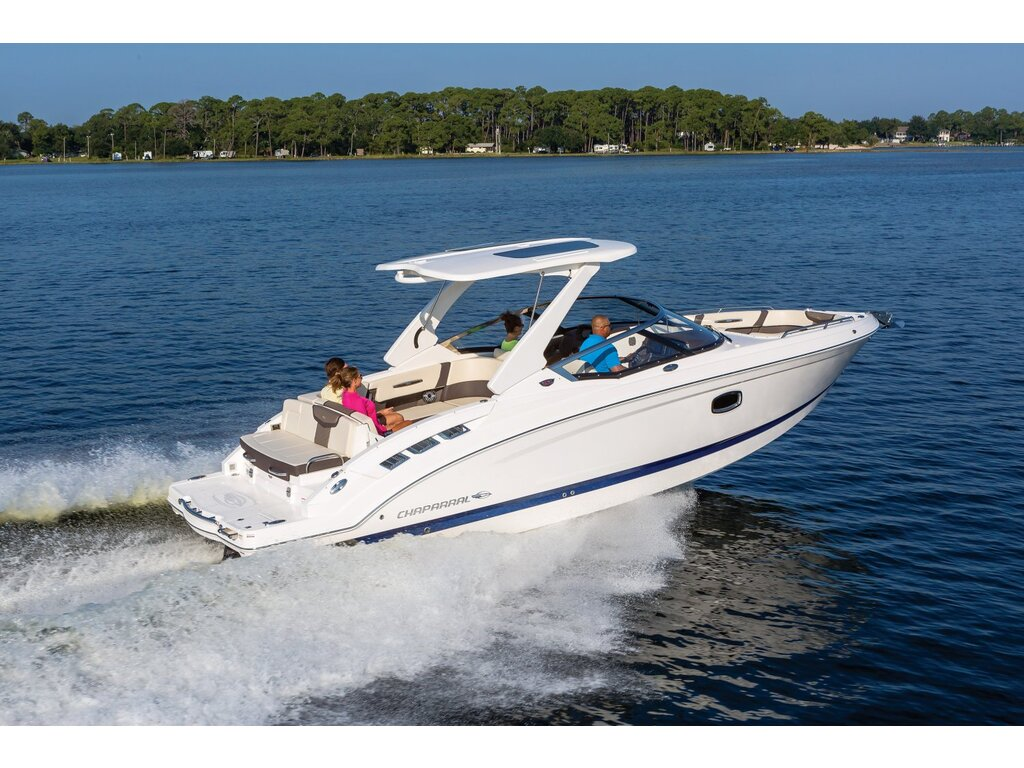 2021 Chaparral boat for sale, model of the boat is 317 Ssx & Image # 4 of 15