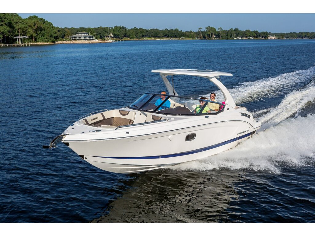 2021 Chaparral boat for sale, model of the boat is 317 Ssx & Image # 5 of 15