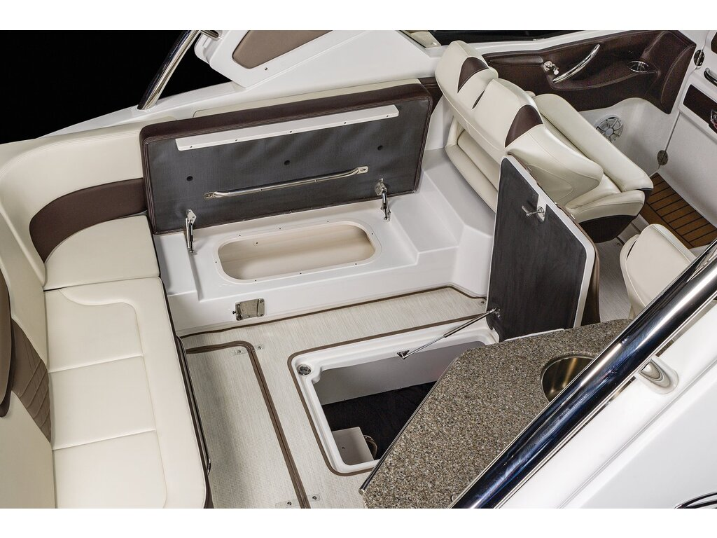 2021 Chaparral boat for sale, model of the boat is 347 Ssx & Image # 4 of 18
