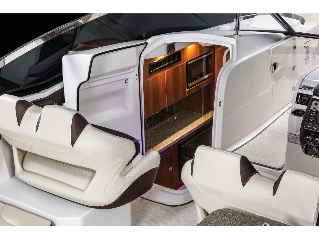 2021 Chaparral boat for sale, model of the boat is 347 Ssx & Image # 5 of 18