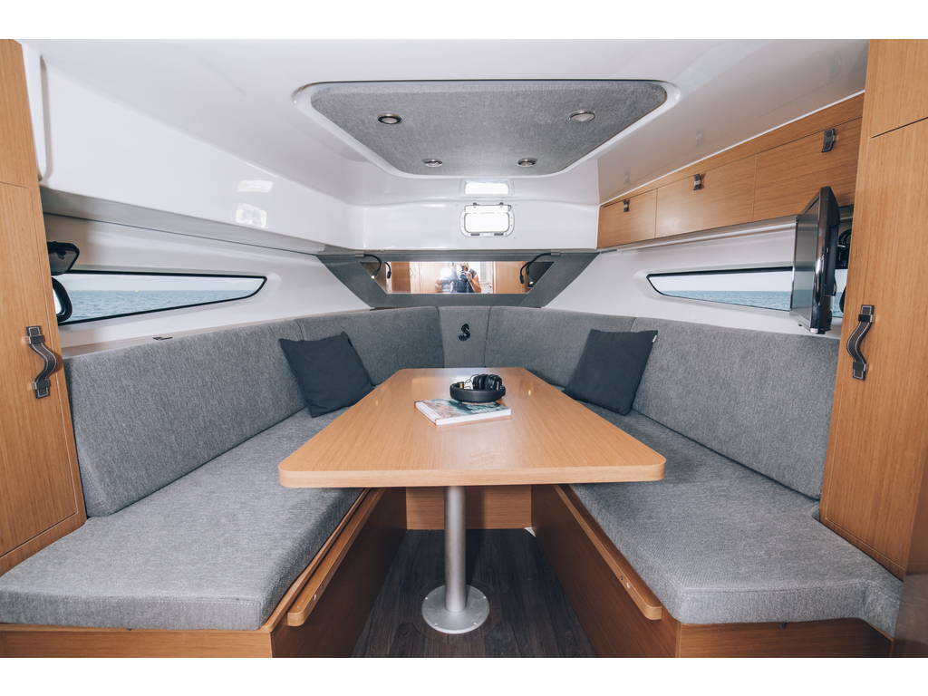 2020 Beneteau boat for sale, model of the boat is Flyer 32 & Image # 6 of 13