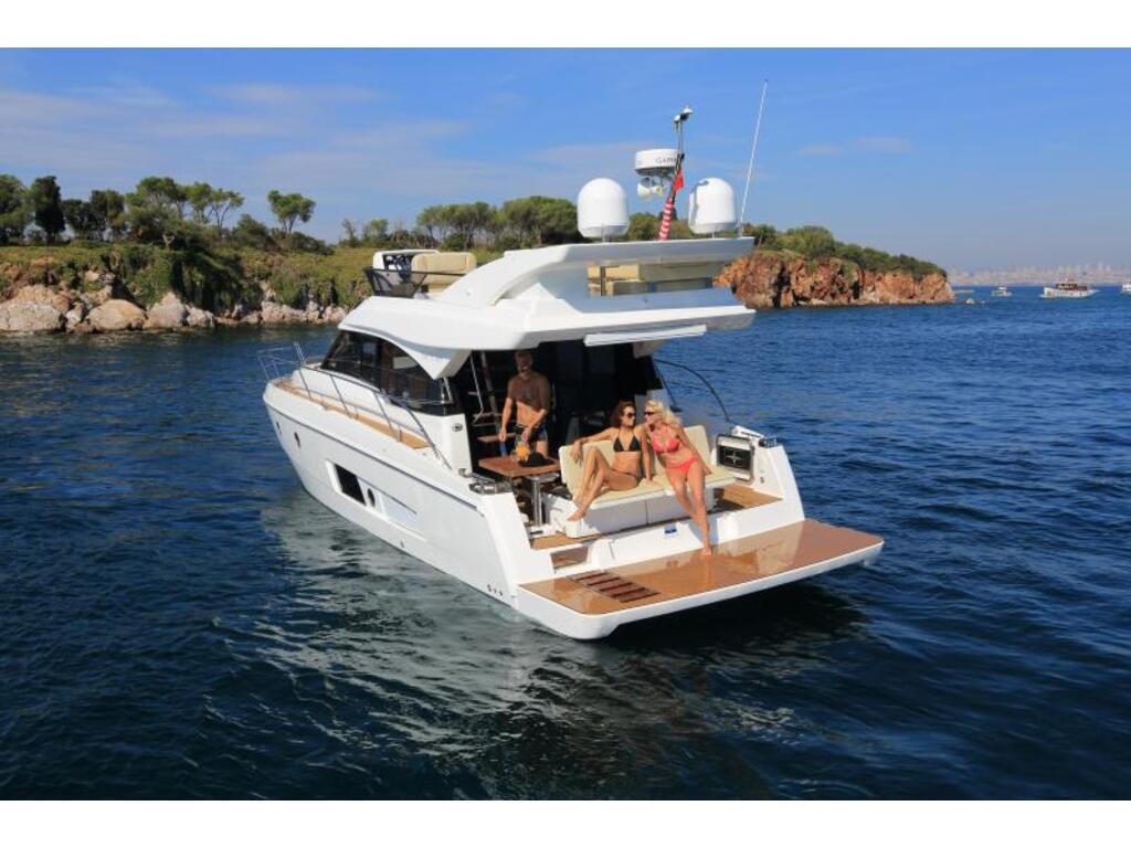 2020 Bavaria boat for sale, model of the boat is Virtess 420 Fly Ips 600 Volvo & Image # 4 of 13