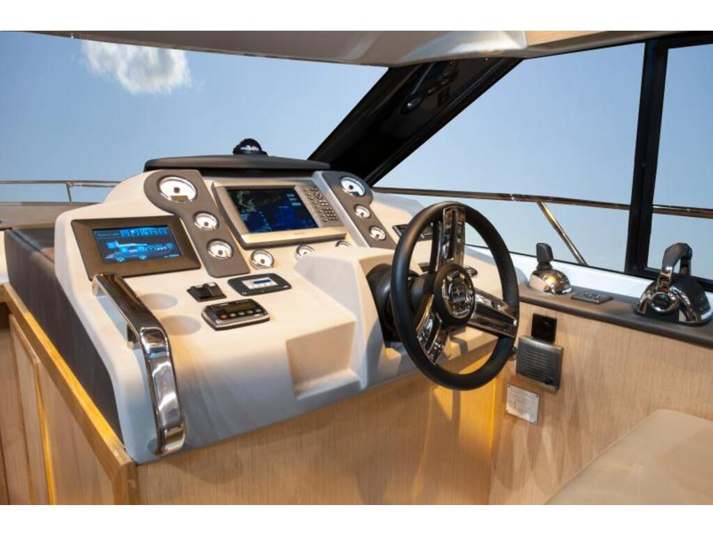 2020 Bavaria boat for sale, model of the boat is Virtess 420 Fly Ips 600 Volvo & Image # 9 of 13
