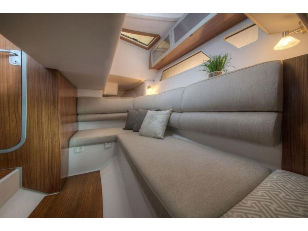 2019 Four Winns boat for sale, model of the boat is H 350 & Image # 15 of 16