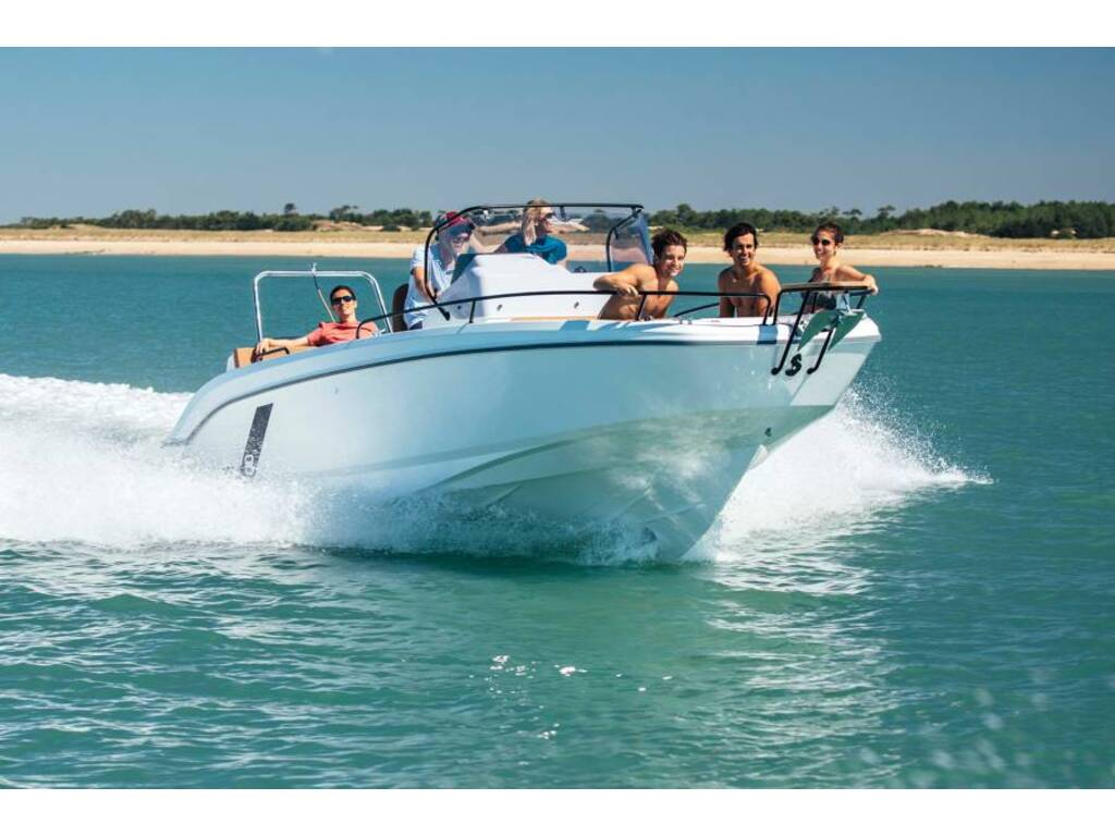 2021 Beneteau boat for sale, model of the boat is Flyer 9 Spacedeck & Image # 4 of 5