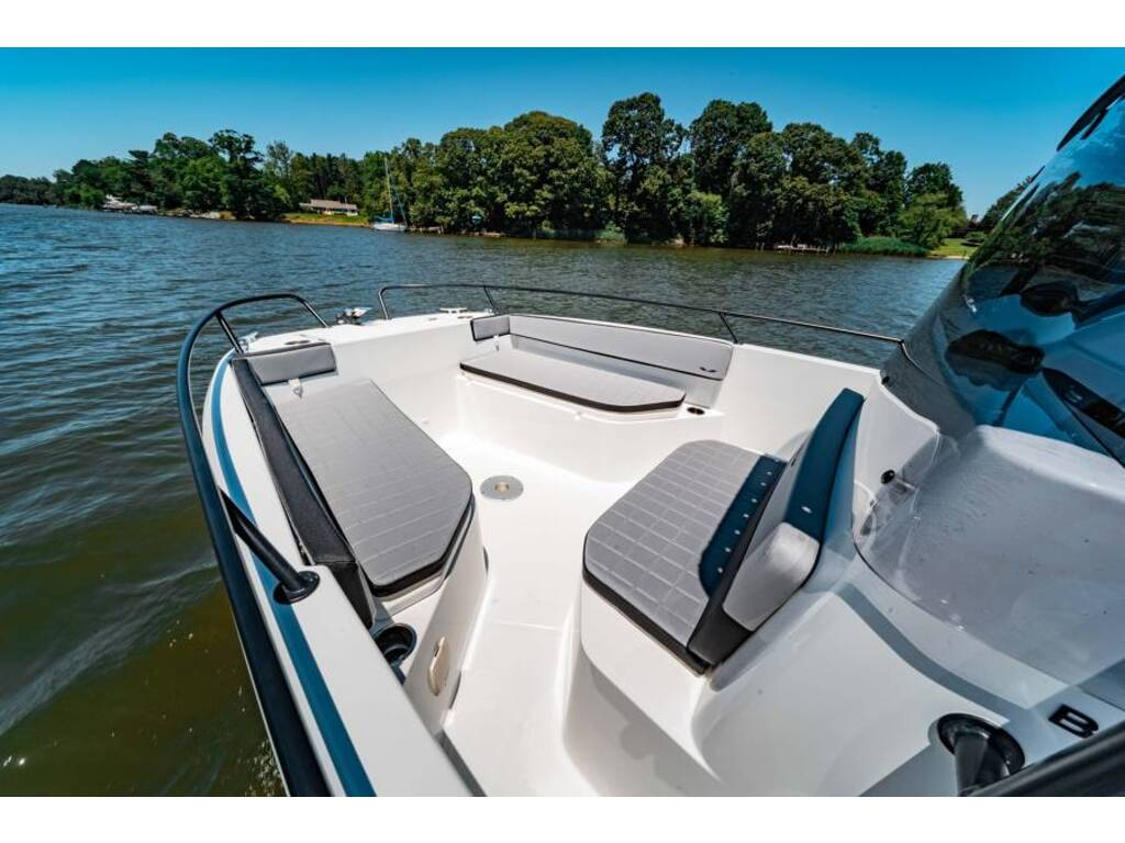 2020 Beneteau boat for sale, model of the boat is Flyer 23 Spacedeck & Image # 4 of 4