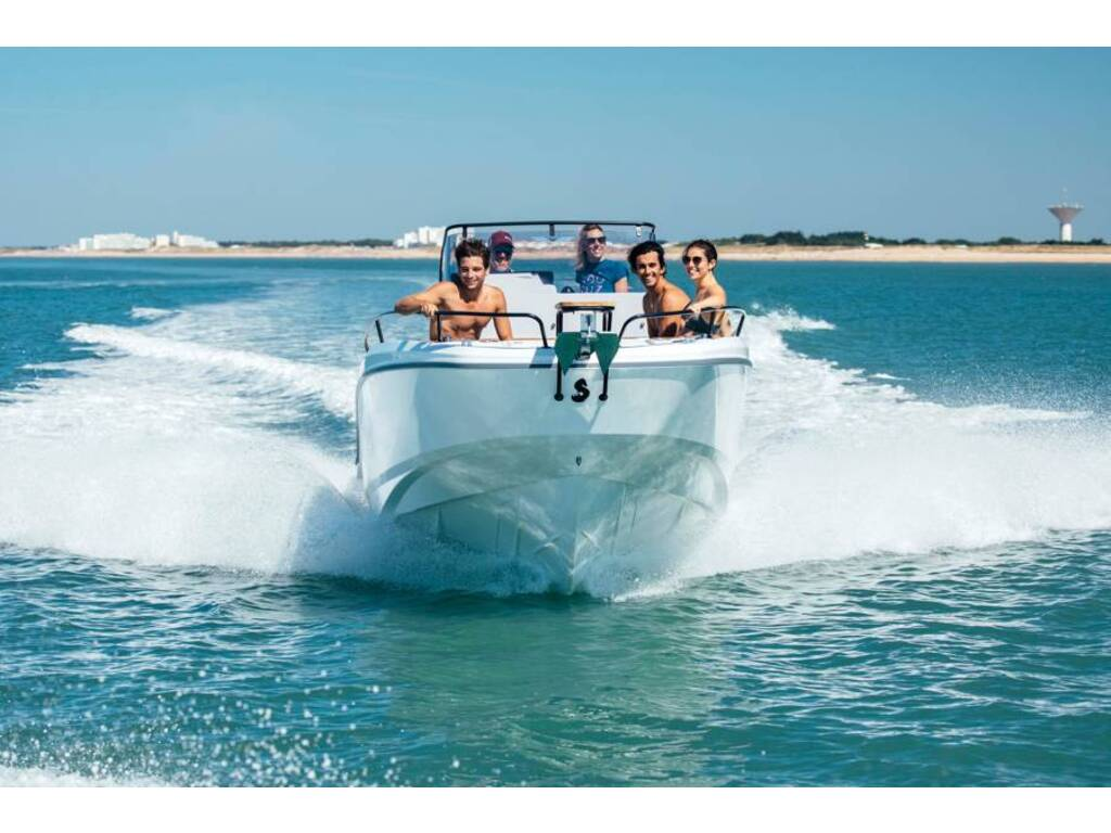 2020 Beneteau boat for sale, model of the boat is Flyer 23 Spacedeck & Image # 3 of 4