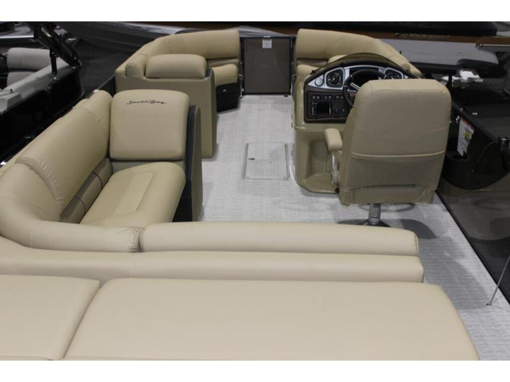 2019 Southbay Ponton boat for sale, model of the boat is 523cr & Image # 3 of 6