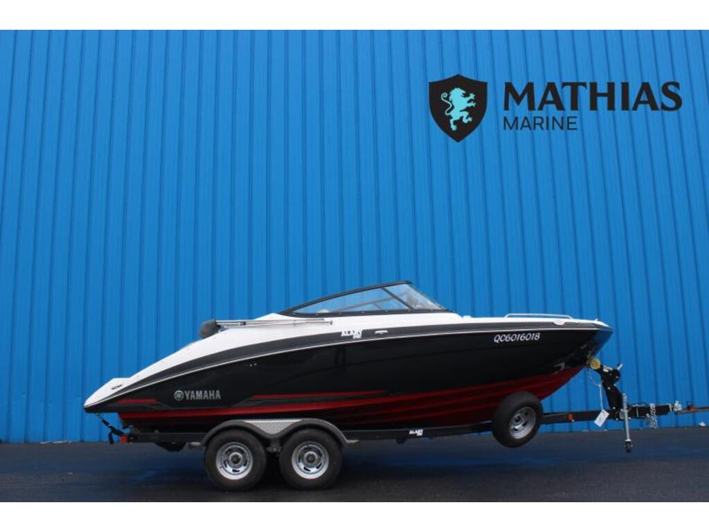 2018 Yamaha boat for sale, model of the boat is 212 Limited & Image # 1 of 6