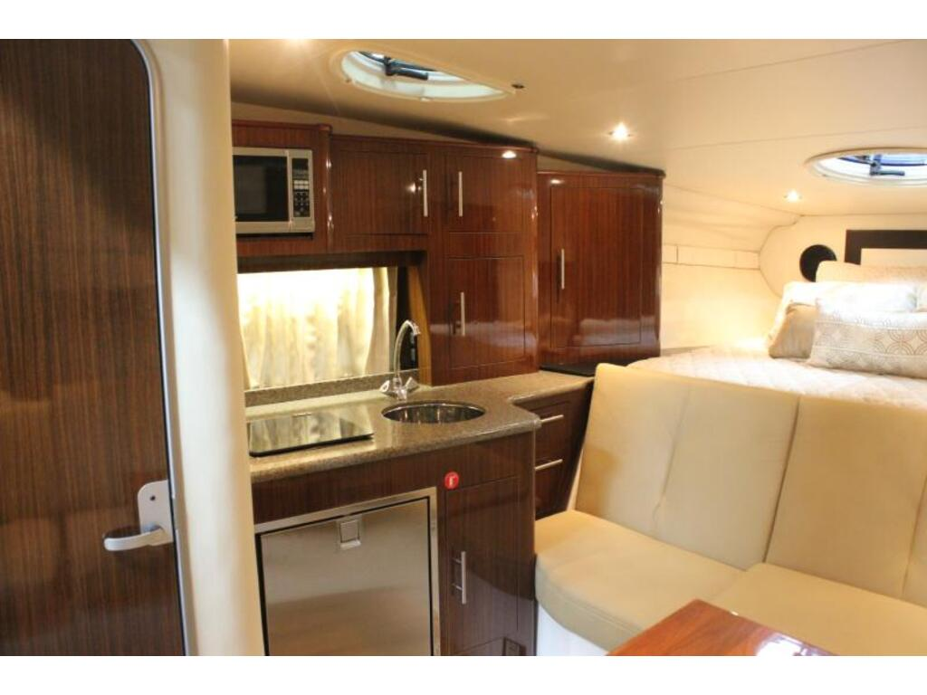 2014 Regal boat for sale, model of the boat is 32 & Image # 6 of 9