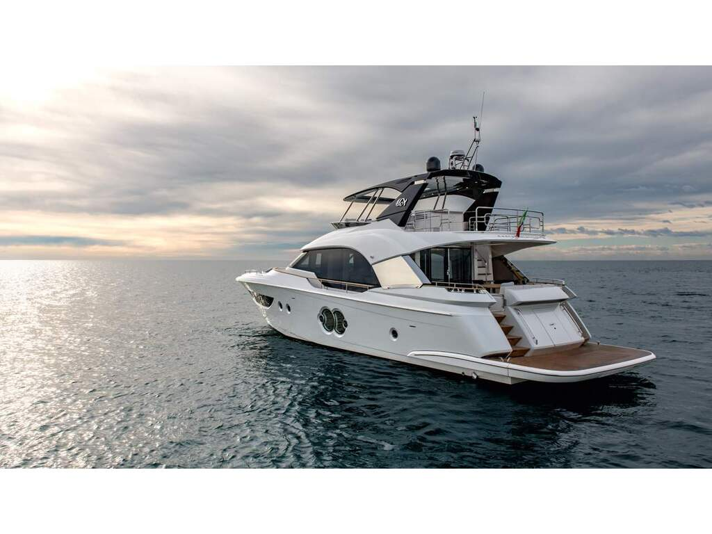 2021 Monte Carlo Yachts boat for sale, model of the boat is  Mcy 70 & Image # 5 of 24