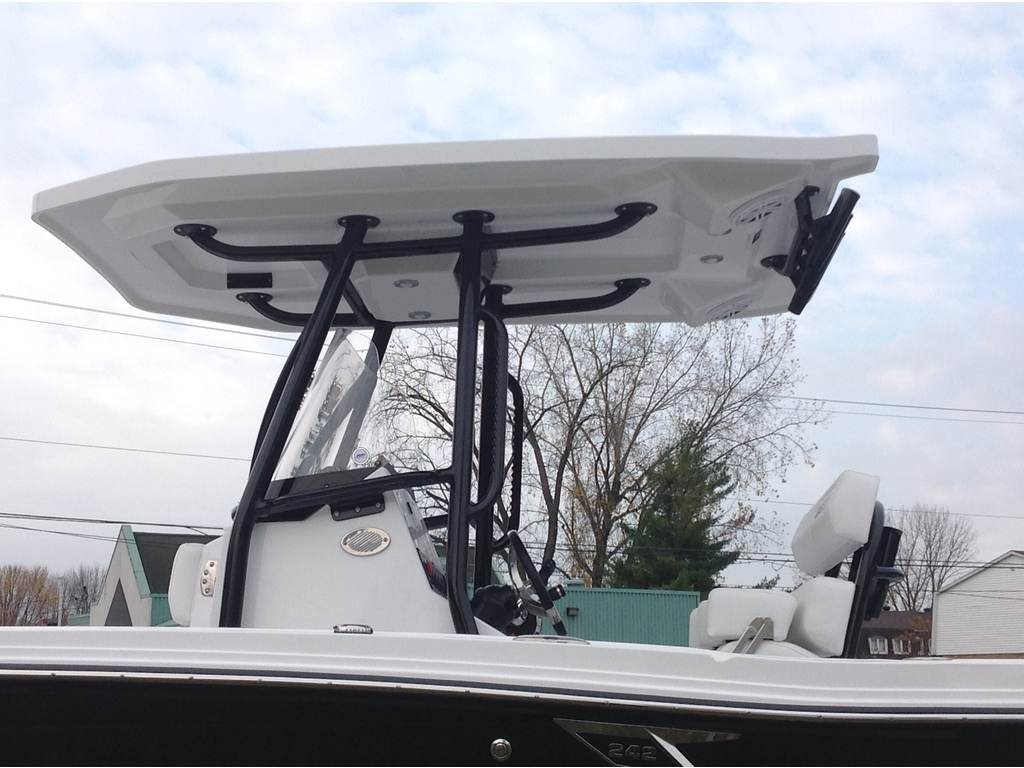 2020 Blackfin boat for sale, model of the boat is 242cc & Image # 4 of 30