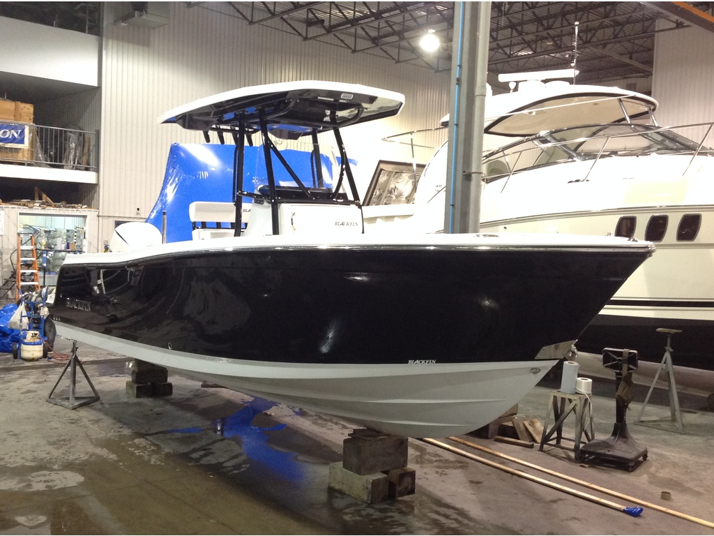 2020 Blackfin boat for sale, model of the boat is 242cc & Image # 2 of 18