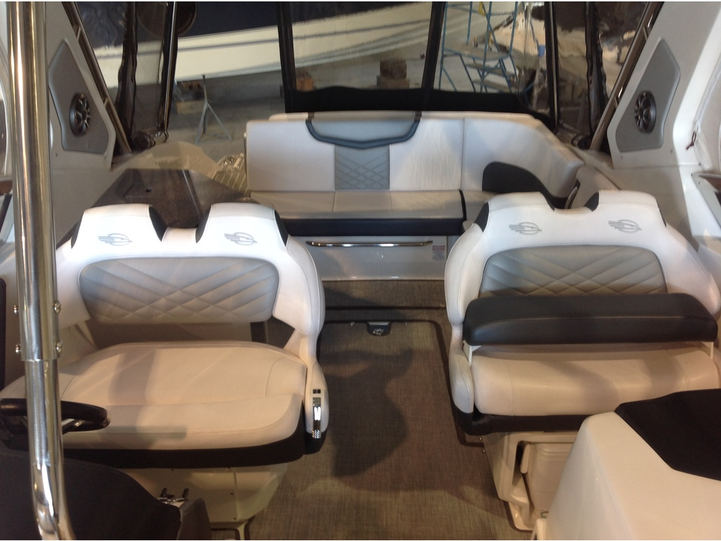 2019 Chaparral boat for sale, model of the boat is 347 Ssx & Image # 6 of 18
