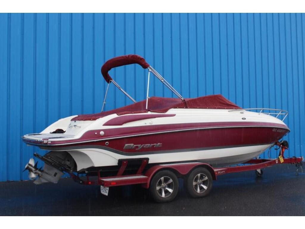 2014 Bryant Boats Inc boat for sale, model of the boat is 233 & Image # 2 of 6