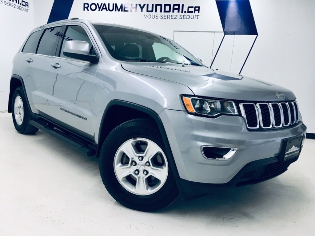 2017 Jeep  Grand Cherokee Laredo AWD/ D
