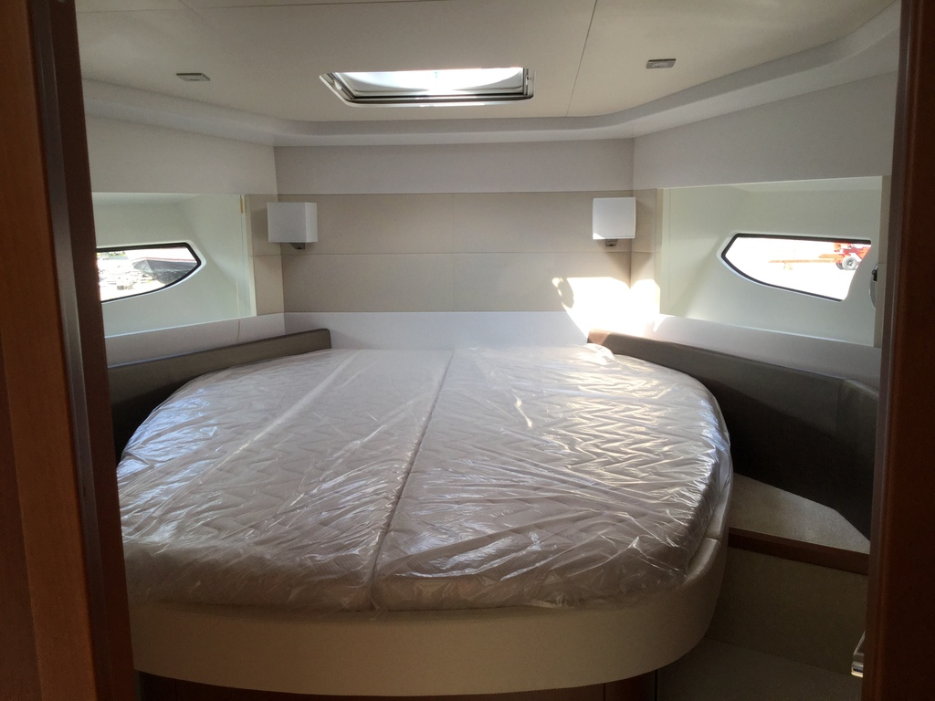 2018 Beneteau boat for sale, model of the boat is Gran Turismo 49 & Image # 27 of 31