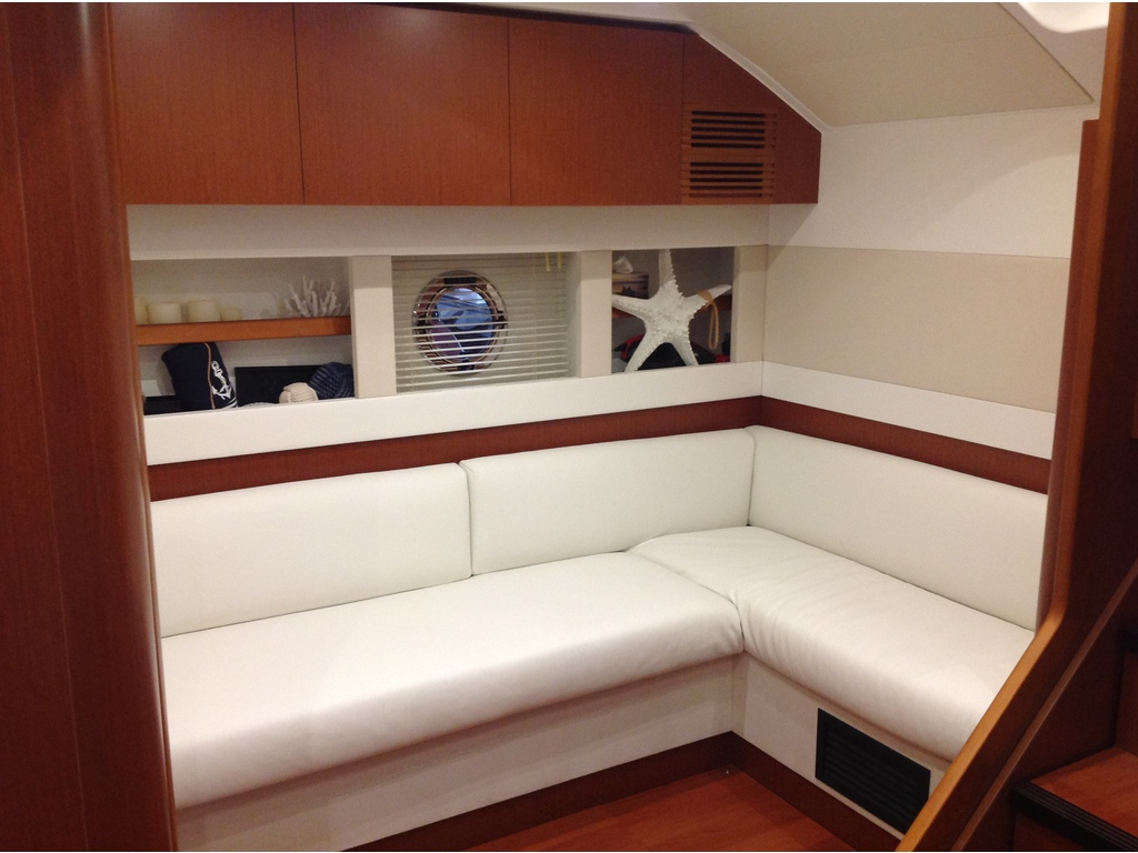 2018 Beneteau boat for sale, model of the boat is Gran Turismo 49 & Image # 18 of 31