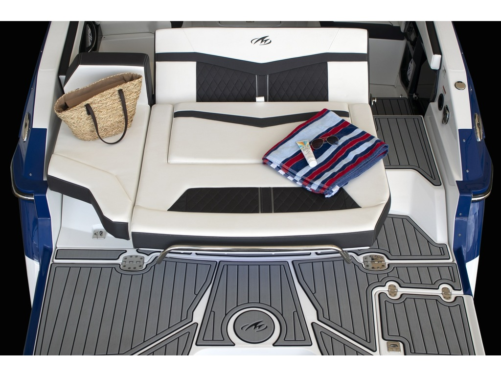 2021 Monterey boat for sale, model of the boat is 275 Ss & Image # 6 of 6