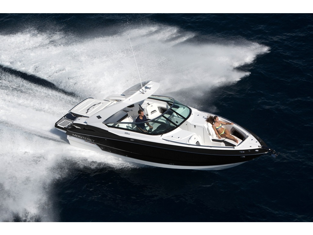 2021 Monterey boat for sale, model of the boat is 328ss & Image # 5 of 5