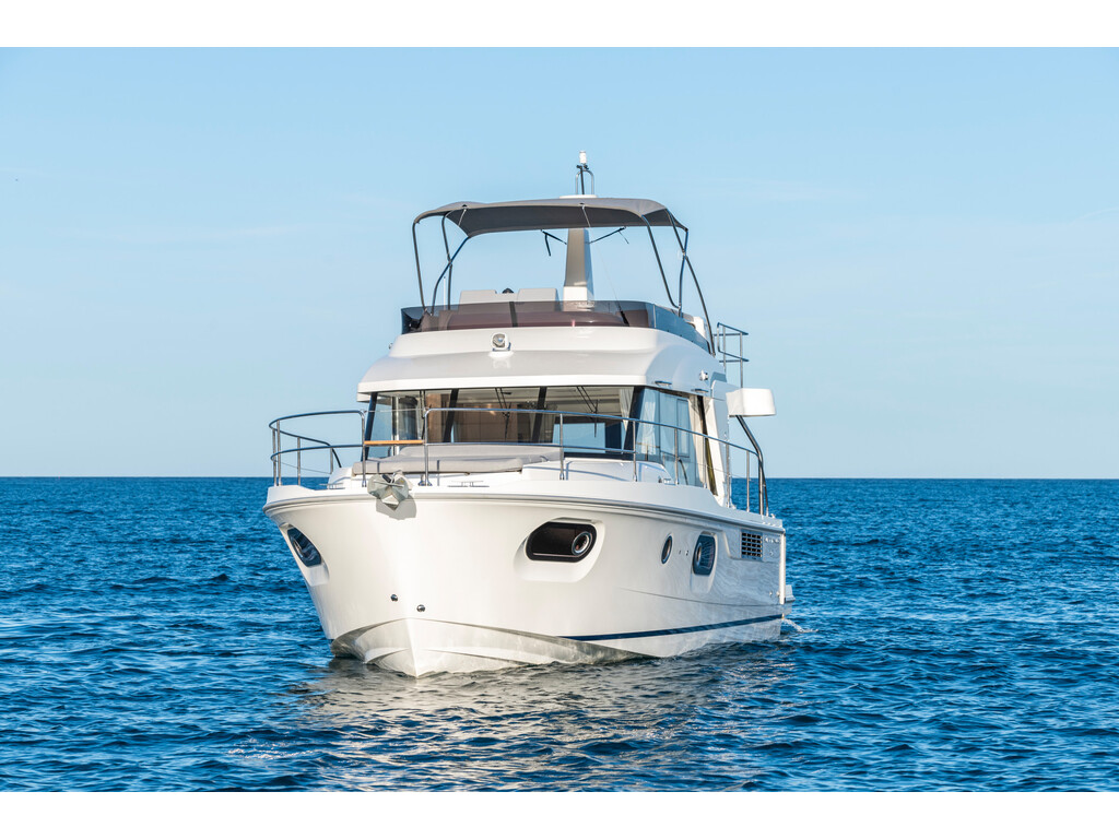 2021 Beneteau boat for sale, model of the boat is Swift Trawler 41 Fly & Image # 3 of 19
