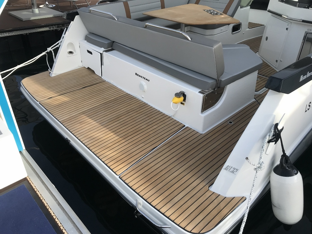 2021 Beneteau boat for sale, model of the boat is Gt32 O/b & Image # 20 of 24