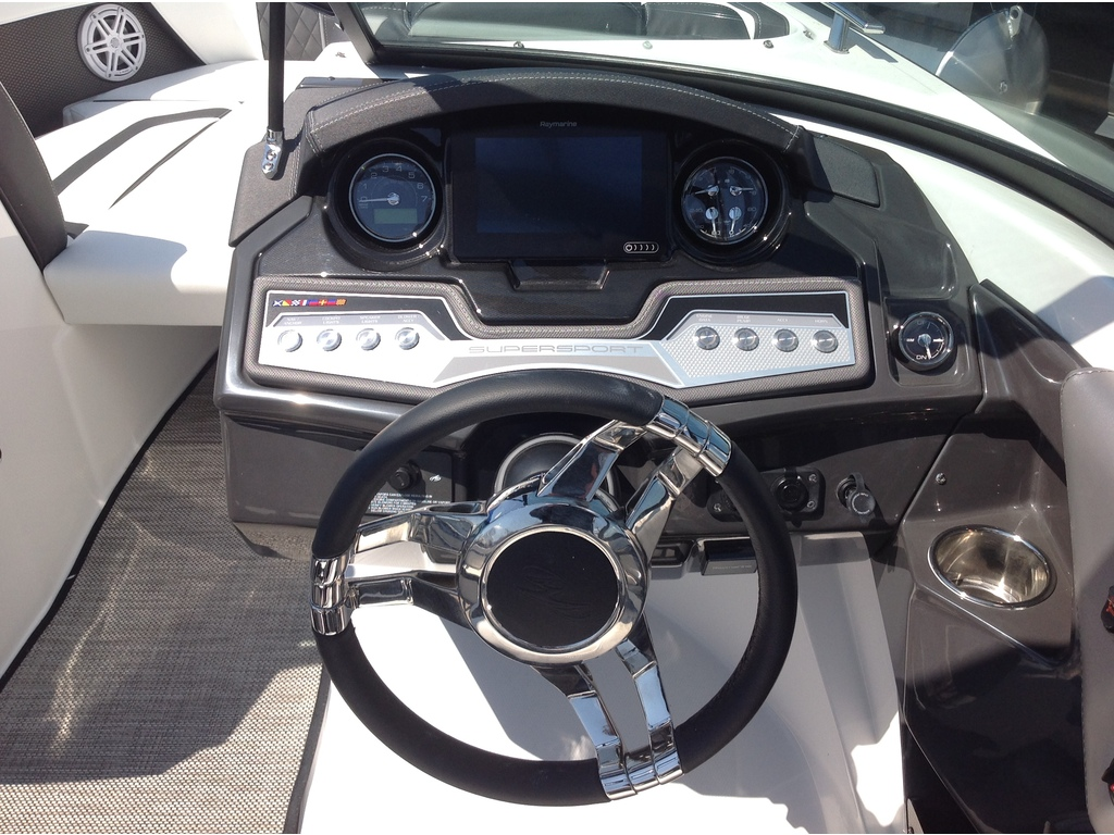 2020 Monterey boat for sale, model of the boat is 218 Ss & Image # 8 of 14