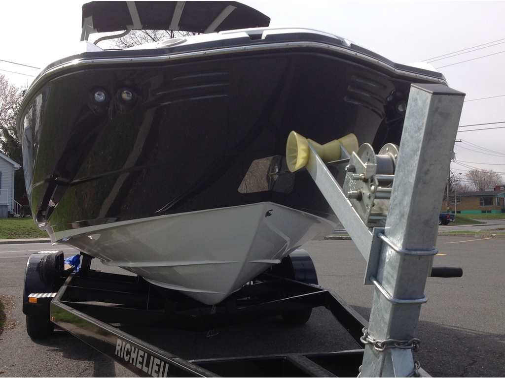 2020 Monterey boat for sale, model of the boat is M4 & Image # 4 of 15