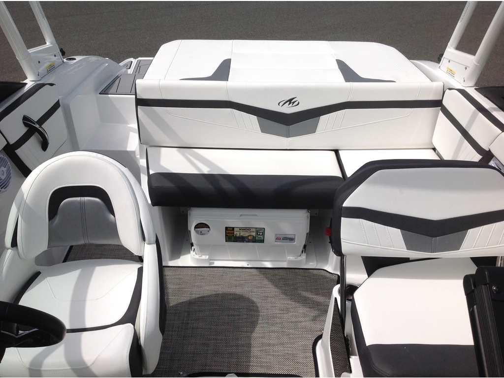 2020 Monterey boat for sale, model of the boat is M20 & Image # 12 of 18